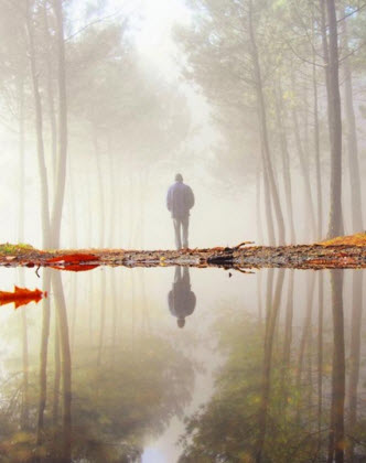 man bos spiegel water